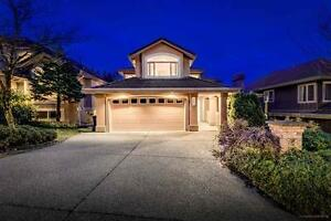 Beautiful Upper Level 4 Bedroom House in Port Moody!