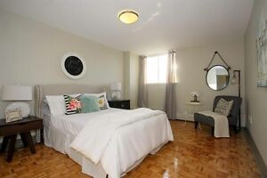Sublease- One Bedroom Apartment for only $1185, + 1 Month FREE Kitchener / Waterloo Kitchener Area image 1
