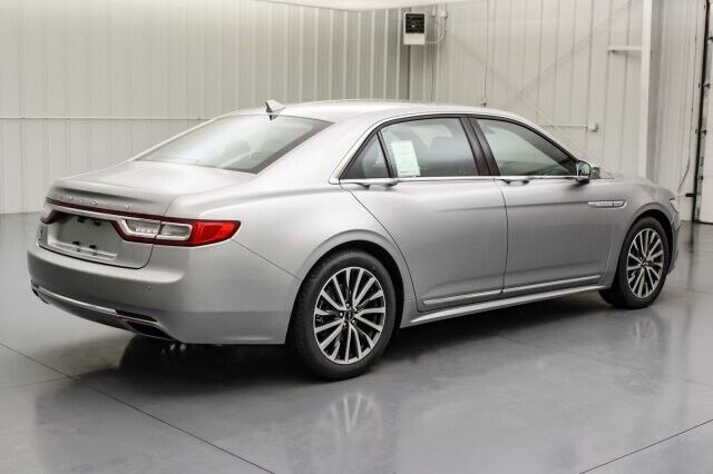 Image 5 Voiture American used Lincoln Continental 2020