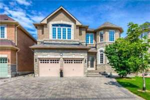 Gorgeous Churchill Meadow Detached Rare Found!