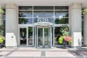 Gorgeous Condo In West Harbour City! 1 Bdr + Den W/2 Balconies!