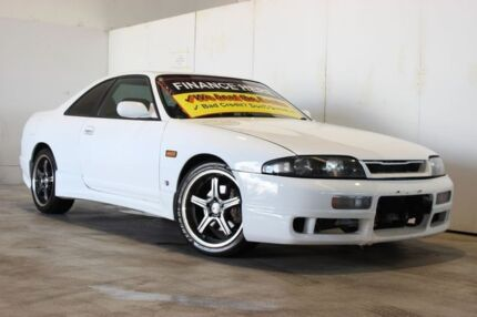 1995 Nissan Skyline HR33 GTS-T White 4 Speed Automatic Coupe Underwood Logan Area Preview