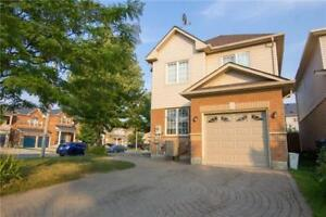 2-Storey Det'd 3 Bdrm Home For Sale @ Edenbrook Hill Dr