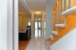 Well-Kept 4+1 Bedrm Semi-Detached Home In Brampton X5195314 AP18