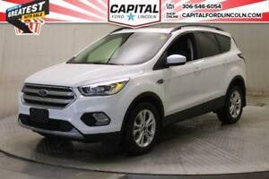 2017 Ford Escape SE  4WD * Sunroof *
