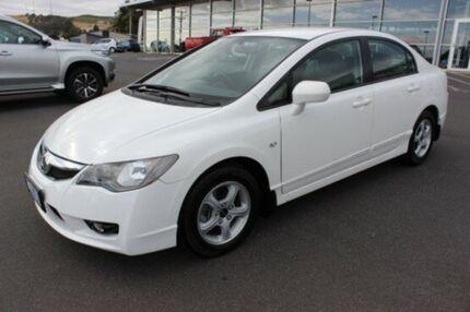 2011 Honda Civic 8th Gen MY10 VTi White 5 Speed Manual Sedan Burnie Area Preview