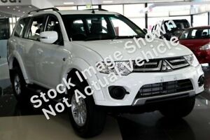 2014 Mitsubishi Challenger PC (KH) MY14 White 5 Speed Manual Wagon Cleveland Redland Area Preview