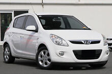 2014 Hyundai i20 PB MY14 Active White 4 Speed Automatic Hatchback Southport Gold Coast City Preview