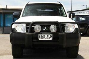 2011 Mitsubishi Pajero NT MY11 GLX White 5 Speed Sports Automatic Wagon Hillcrest Port Adelaide Area Preview