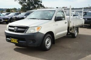 2005 Toyota Hilux RZN147R MY04 Workmate 4x2 Silver 5 Speed Manual Cab Chassis