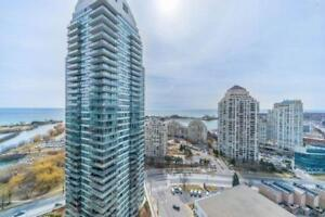 Open Concept 2+1 Bed Condo Unit With Incredible Lake View