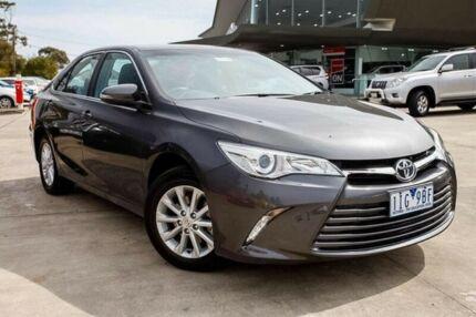 2016 Toyota Camry Grey Sports Automatic Sedan