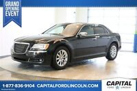 2013 Chrysler 300 HEMI V8 * Nav * Leather * Sunroof *