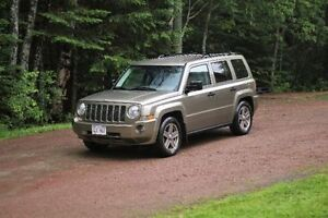 2007 Jeep Patriot Sport 4x4 - Brand New Tires and Brakes
