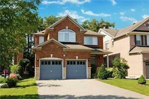 Backing To Ravine! Beautiful Executive Home in Richmond Hill!