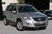 2010 Volkswagen Tiguan 5N MY11 147TSI DSG 4MOTION Silver 7 Speed Sports Automatic Dual Clutch Wagon Robina Gold Coast South Preview