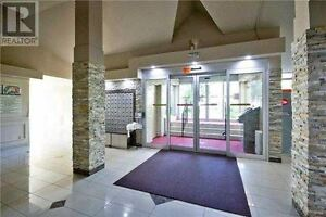 #123, 366 THE EAST MALL: ETOBICOKE Condo-Townhouse for Sale
