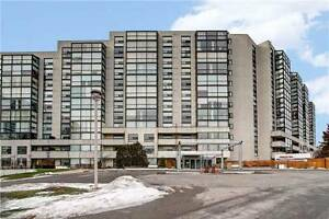 Great 2bed+solarium condo in Richmond Hill --- Yonge St!