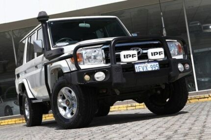 2009 Toyota Landcruiser VDJ76R GXL White 5 Speed Manual Wagon St James Victoria Park Area Preview