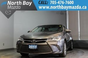 2017 Toyota Camry XLE V6 with Nav, Leather, Sunroof, Heated Seat
