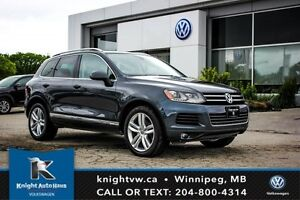 2013 Volkswagen Touareg w/ Navigation/20 Rims/Sunroof/Backup Cam