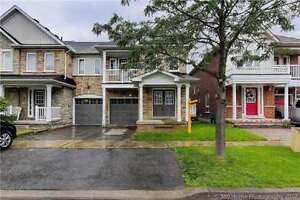 3 Bedroom Freehold End Unit Townhouse In The Heart Pickering