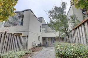 NEAR YORK UNIVERSITY 4 BEDROOMS TOWNHOUSE FOR SALE