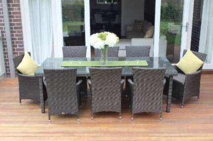 WICKER OUTDOOR FURNITURE DINING SETTING,8 SEATER,EUROPEAN STYLING