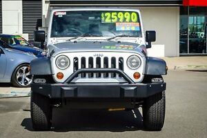 2009 Jeep Wrangler JK MY2009 Unlimited Sport Silver 6 Speed Manual Softtop Garbutt Townsville City Preview