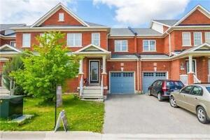 Absolutely Stunning 3 Bedroom Freehold Townhome In Milton