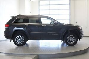 2014 Jeep Grand Cherokee Overland 4WD * Leather 5.7L Hemi -Navig Regina Regina Area image 6