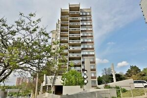 Large 3 Bedroom Condo in the Heart of Oakville