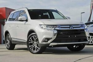 2015 Mitsubishi Outlander ZK MY16 XLS 4WD White 6 Speed Sports Automatic Wagon Christies Beach Morphett Vale Area Preview