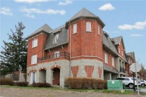 PICKERING FREEHOLD CONDO TOWNHOME!!! 3+1BED 4BATH!!! HUGE 2400SF