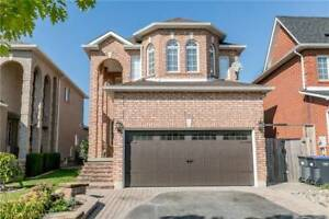 W4267200  -This 3 Bedroom Home Is What You Have Been Waiting For