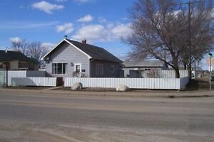 2 BEDROOM BUNGALOW- MOOSE JAW