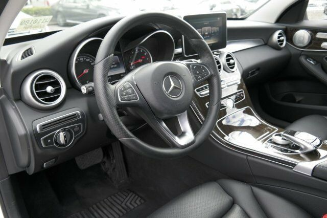 Image 3 Voiture American used Mercedes-Benz C-Class 2016