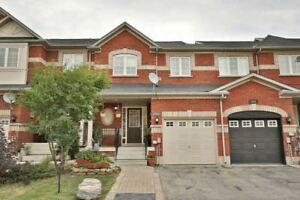 3 BR Freehold townhouse with Finished basement - Brampton