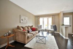 3 Bdrm Semi-Det Home In The Heart Of Applewood Heights
