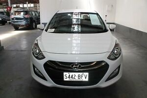 2014 Hyundai i30 GD MY14 SE White 6 Speed Automatic Hatchback Pennington Charles Sturt Area Preview