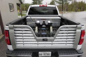 Aluminum RV Vented Tailgate