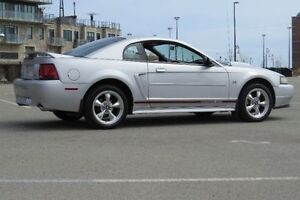 2000 Ford Mustang GT - SHOWROOM CONDITION!  MUST SEE!!