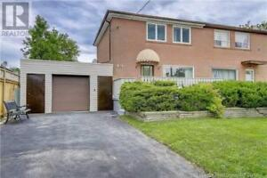 House in Richmond Hill  Ontario