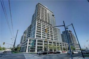 PARKLAWN & LAKESHORE. STEPS TO LAKE..LUXURY 1 BEDROOM + DEN.