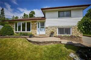 EXCELLENT VALUE!!! 4 BEDROOM HOME IN WHITBY!!!! W/POOL
