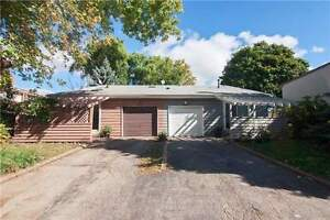 Beautiful & Bright 3 BR Home In High Demand Area Of Erin Mills.