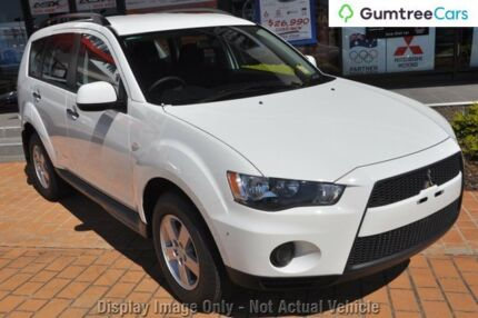 2010 Mitsubishi Outlander ZH MY11 LS 2WD White 5 Speed Manual Wagon Burnie Area Preview