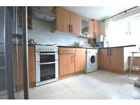 STUDENTS 17/18: Refurbished 4 bedroom top floor flat with TV & WiFi available August - NO FEES