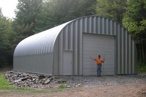Insulated Garage / Warehouse / Large workshop for lease