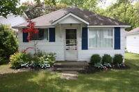 Port Elgin - 2 bedroom cottage - roomy and clean